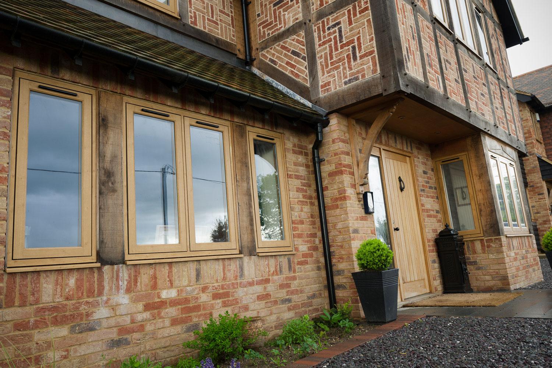 R9 Windows Norfolk